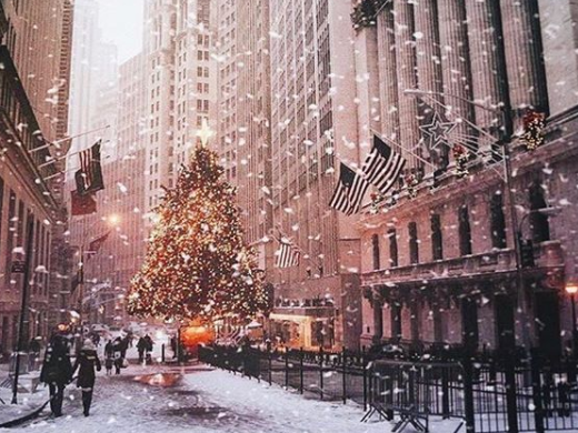 Christmas tree on Wall Street